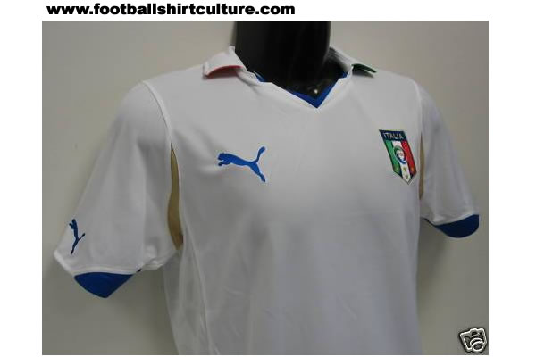 Road To the World Cup 2010 in South African Italy-world-cup-2010-puma-away-leaked-shirt