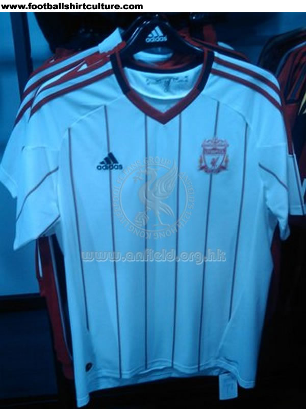 Maillot [2010-2011] Liverpool-10-12-adidas-away-shirt-leaked