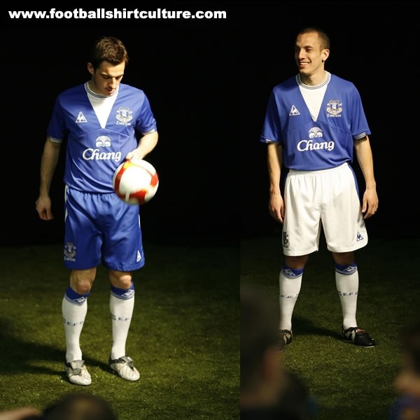 Maillots [2009-2010] - Page 5 Everton-09-10-le-coq-sportif-kit-launched
