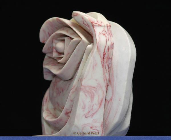Chocolate Art Chocolate_sculptures-eye_of_ra-auge_des_ra-3