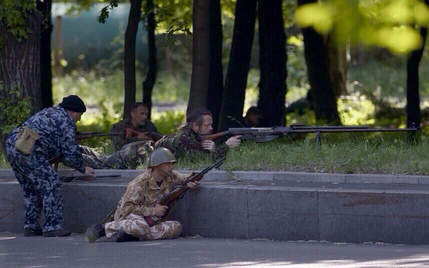 armes vues en ukraine  Bot653dIQAAIze6.jpg-large