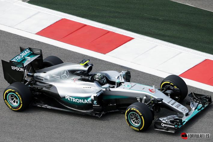 Gran Premio de Rusia 2016 - Página 2 Rosberg-consigue-la-Pole-del-GP-de-Rusia-2016