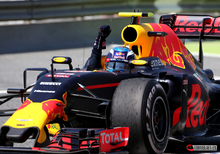 Gran Premio de España 2016 - Página 3 Max-Verstappen-consigue-la-victoria-del-GP-de-Espa%C3%B1a-2016