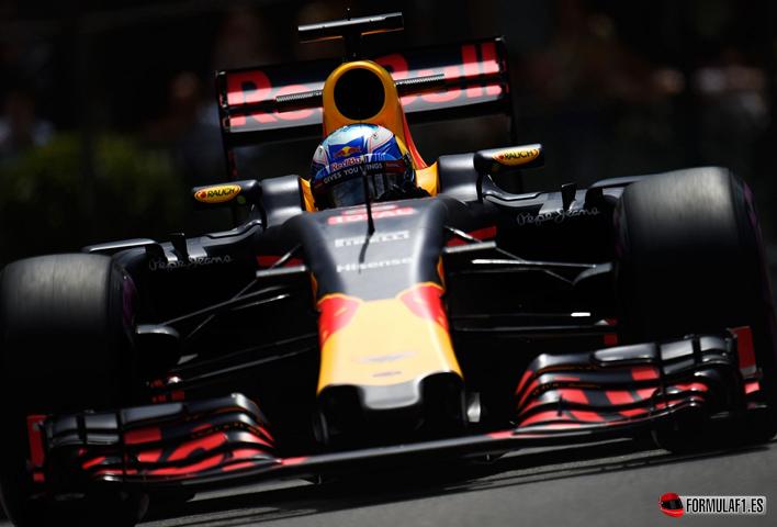 Gran Premio de Mónaco 2016 - Página 2 Ricciardo-consigue-la-Pole-del-GP-de-M%C3%B3naco-2016