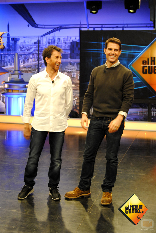 ¿Cuánto mide Tom Cruise? - Altura - Real height 29121_pablo-motos-recibe-tom-cruise-plato-hormiguero-antena3