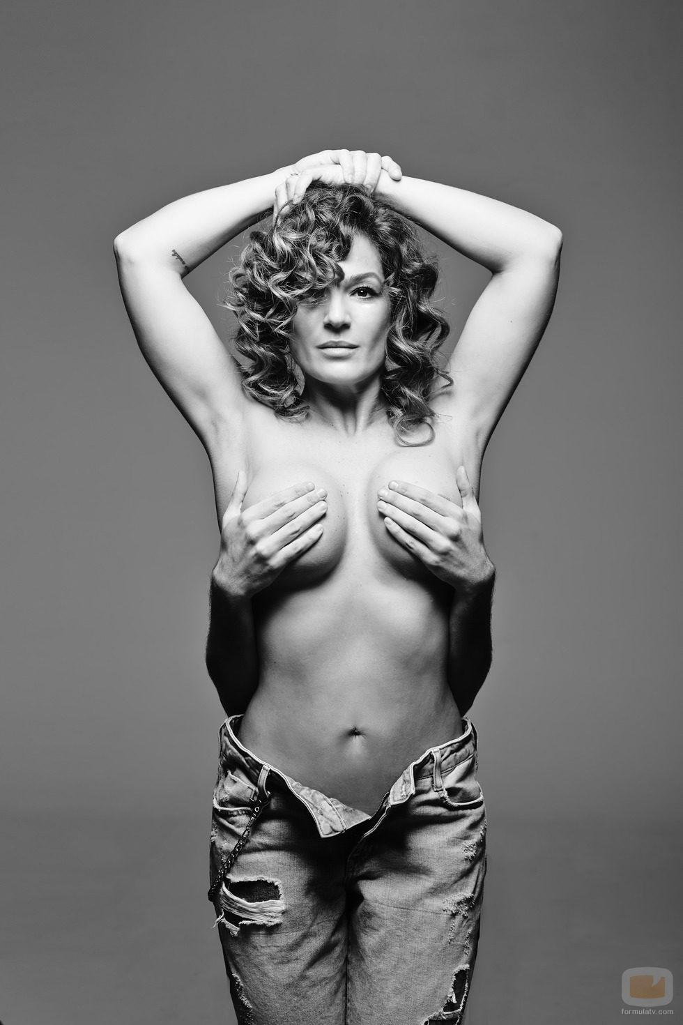 "Janet Jackson >> álbum ""Black Diamond"" - Página 5 44215_raquel-bollo-imita-janet-jackson-salvame-fashion-week"