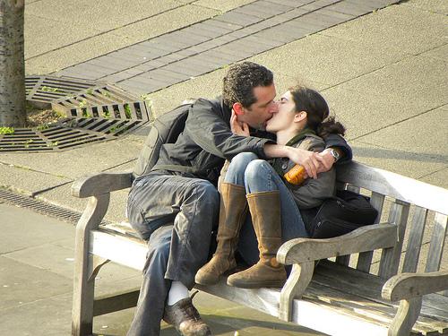 ¡¡ Oh l'amour !! - Página 3 Besandose-banco