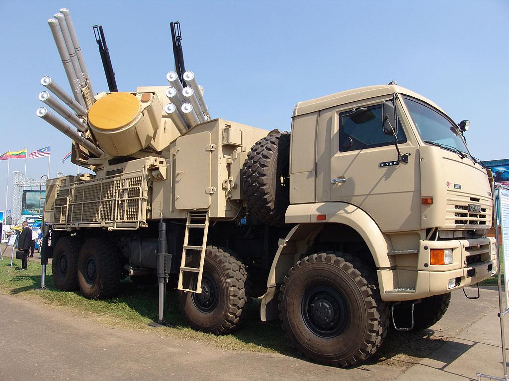 الأسلحة الحديثة لدى الجيش السوري Pantsir-s1