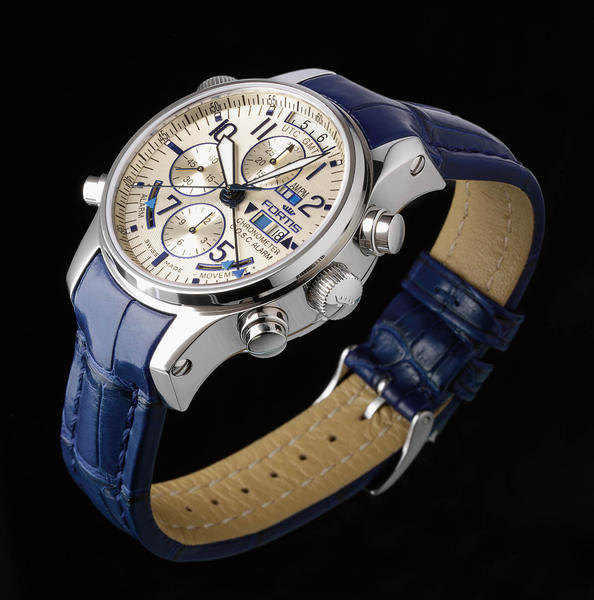 Nouveauté : Fortis F-43 Flieger Chronograph Alarm GMT Chronometer C.O.S.C. (100 ex.) Df1618202fa595bb49dadb35ec747de3