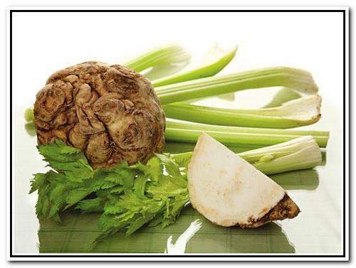 Cалат с корневым  сельдереем 1 (краб.палочки, овощи) Post-2573-1306095778