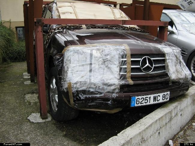 Abandon de Mercedes en signe de protestation ! [Amiens] Fk1f5v2