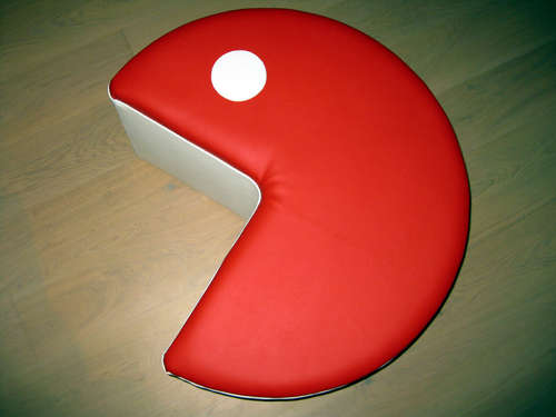 [Jeu] Association d'images - Page 11 Pouf-Pacman-fabrication