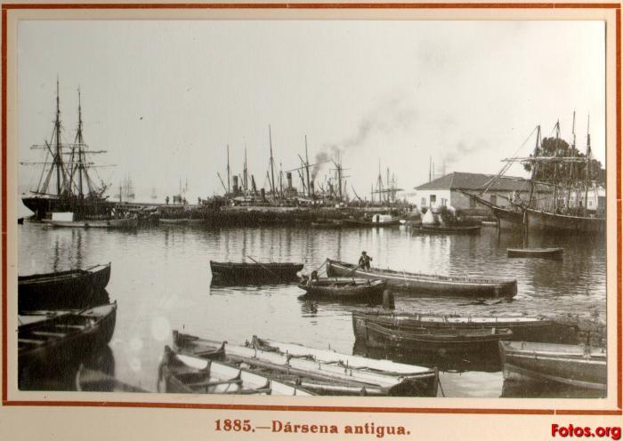 Fotografías antiguas de nuestras ciudades. 31885-D_rsena-antigua-santander