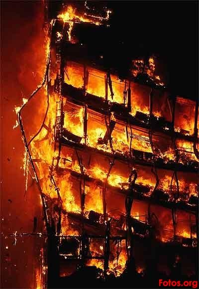 ZEITGEIST    pelicula independiente  muy buena ¡¡ - Página 2 Incendio-edificio-winsor12