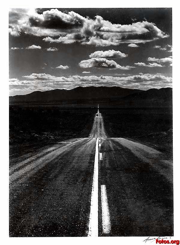 Tελευταίο τσιγάρο Ansel-Adams-U_S_-1902-1984-Road-Nevada-Desert_1960