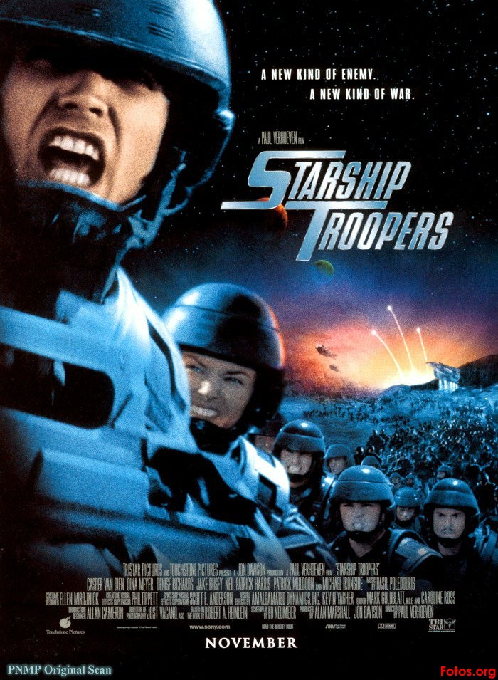 -Peeero por que no me recomendas una de ciencia ficcion? Movie-Poster-Starship-Troopers
