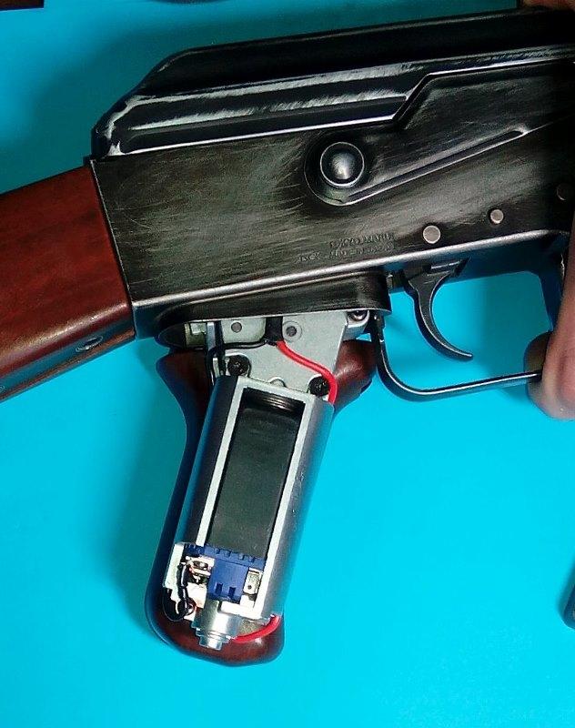 AK47 Type 3 marui - customisation avec du vrai bois d'arbres Gallery_22386_489_103612