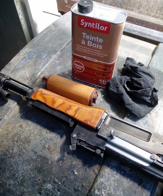 AK47 Type 3 marui - customisation avec du vrai bois d'arbres Gallery_22386_514_113006