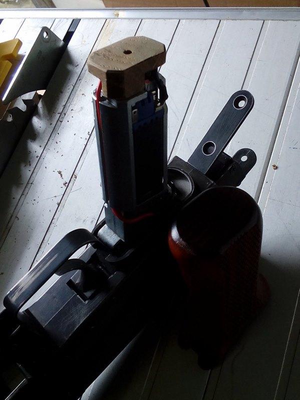 AK47 Type 3 marui - customisation avec du vrai bois d'arbres Gallery_22386_514_130860