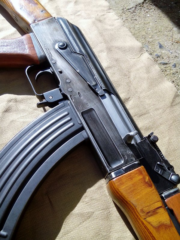 AK47 Type 3 marui - customisation avec du vrai bois d'arbres Gallery_22386_514_2323