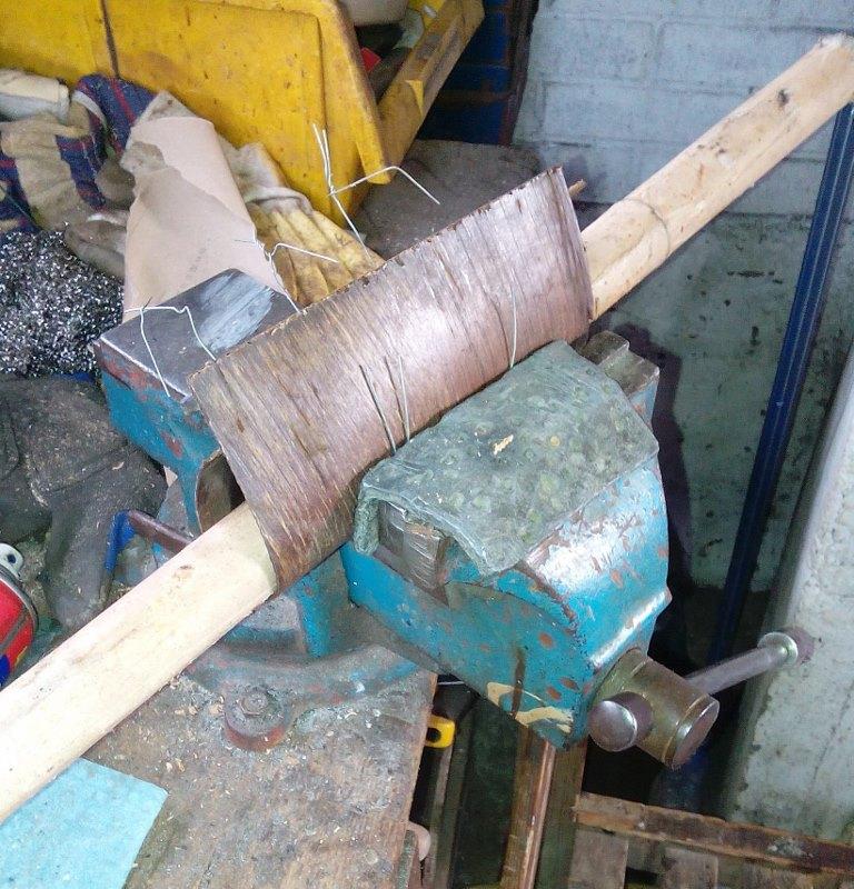 AK47 Type 3 marui - customisation avec du vrai bois d'arbres Gallery_22386_514_63398
