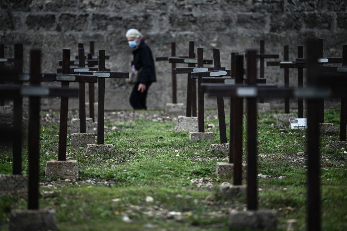 Le cimetière des Oubliés dit aussi cimetière des fous . 7ba3fb98f8c3f7b7ae7dfd13c1a29b16b7a2be73_field_mise_en_avant_principale_1