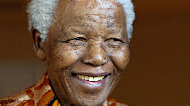 Nelson Mandela est décédé 2182184