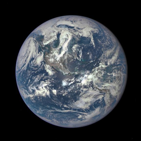 La Nasa dévoile la première photo complète de la Terre depuis 43 ans 6590091