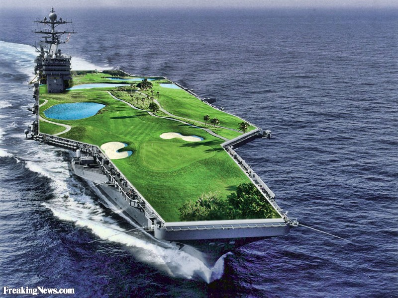 HMS Queen Elizabeth - Page 2 Aircraft-Carrier-Golf-Course--105630