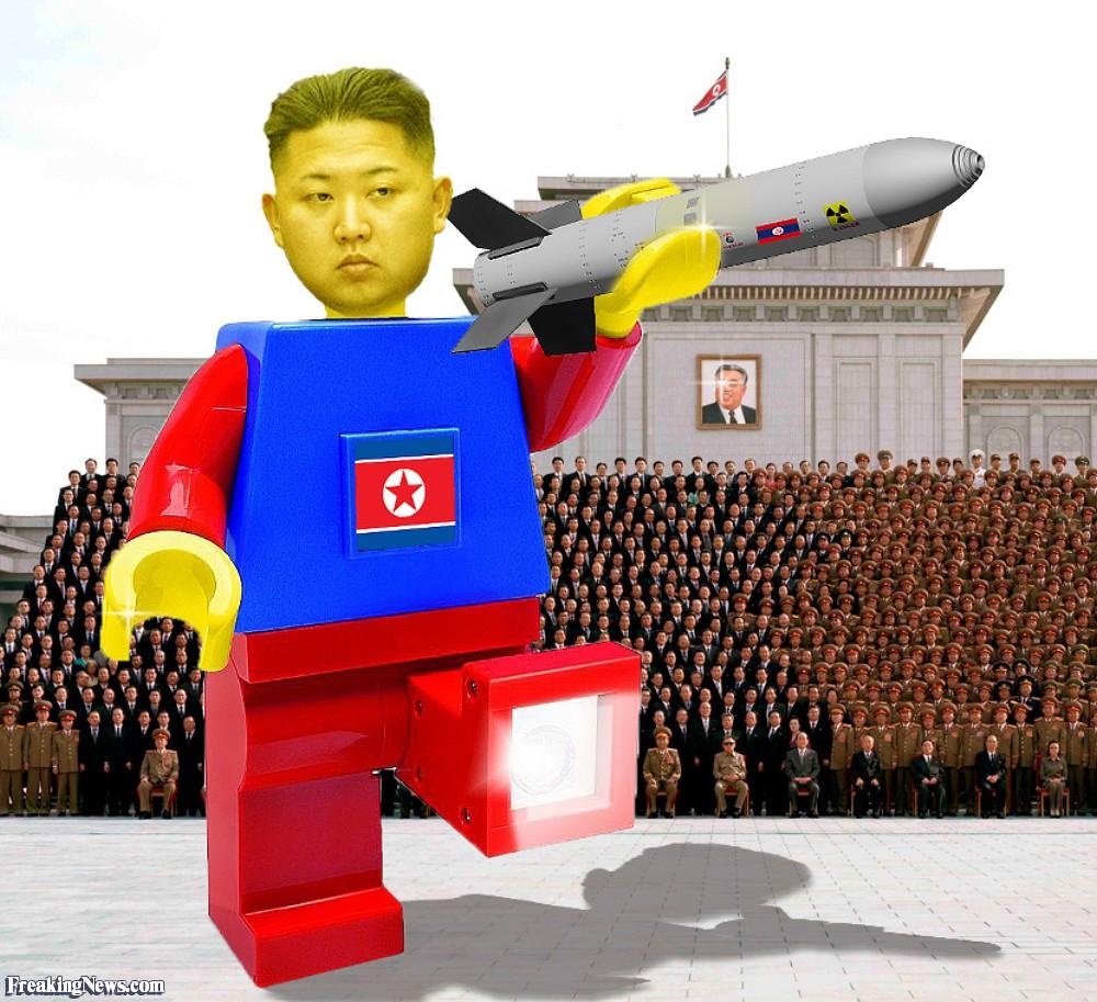 Sobre NationStates - Página 6 North-Korean-Lego-107634