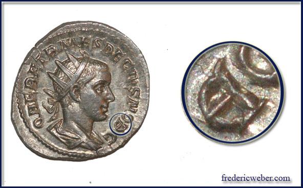 Les erreurs des monétaires sur les monnaies romaines - Page 3 Db