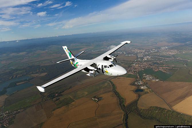 Как делают самолеты Л-410 в Чехии 1