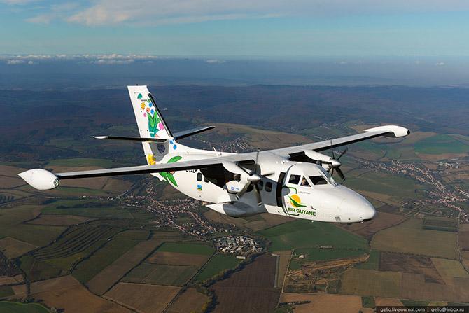 Как делают самолеты Л-410 в Чехии 35