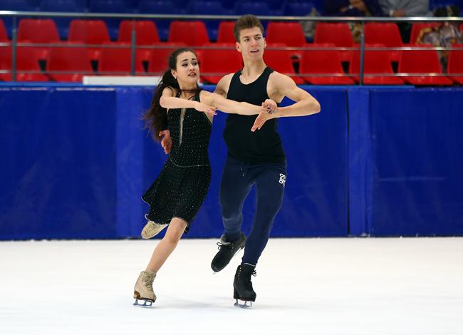 СДЮСШОР «Олимпиец» (Балашиха, Россия) - Самохины D16B9062