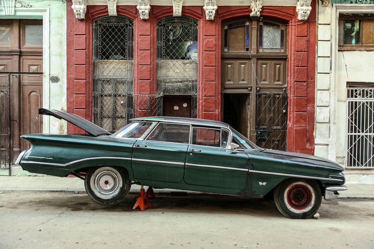 Vintage Cars in Havana ! Written By Kala Thomas-kalak-havannah-oldtimers004