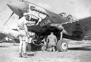 P 40 N.  Warhawk 1/32 Eduard   LuluBelle_front