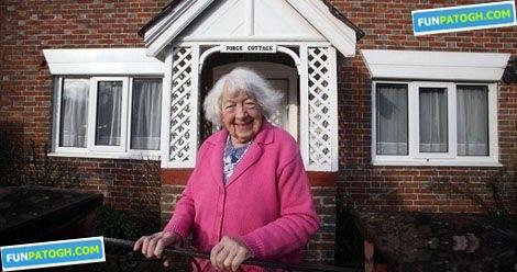 این زن 100 ساله همه عمرش را در خانه ای سپری كرد! 13275045651