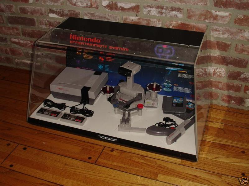 Le Site: Gamesniped! Nintendo-NES-M9-Display-RARE-Deluxe-ROB-2