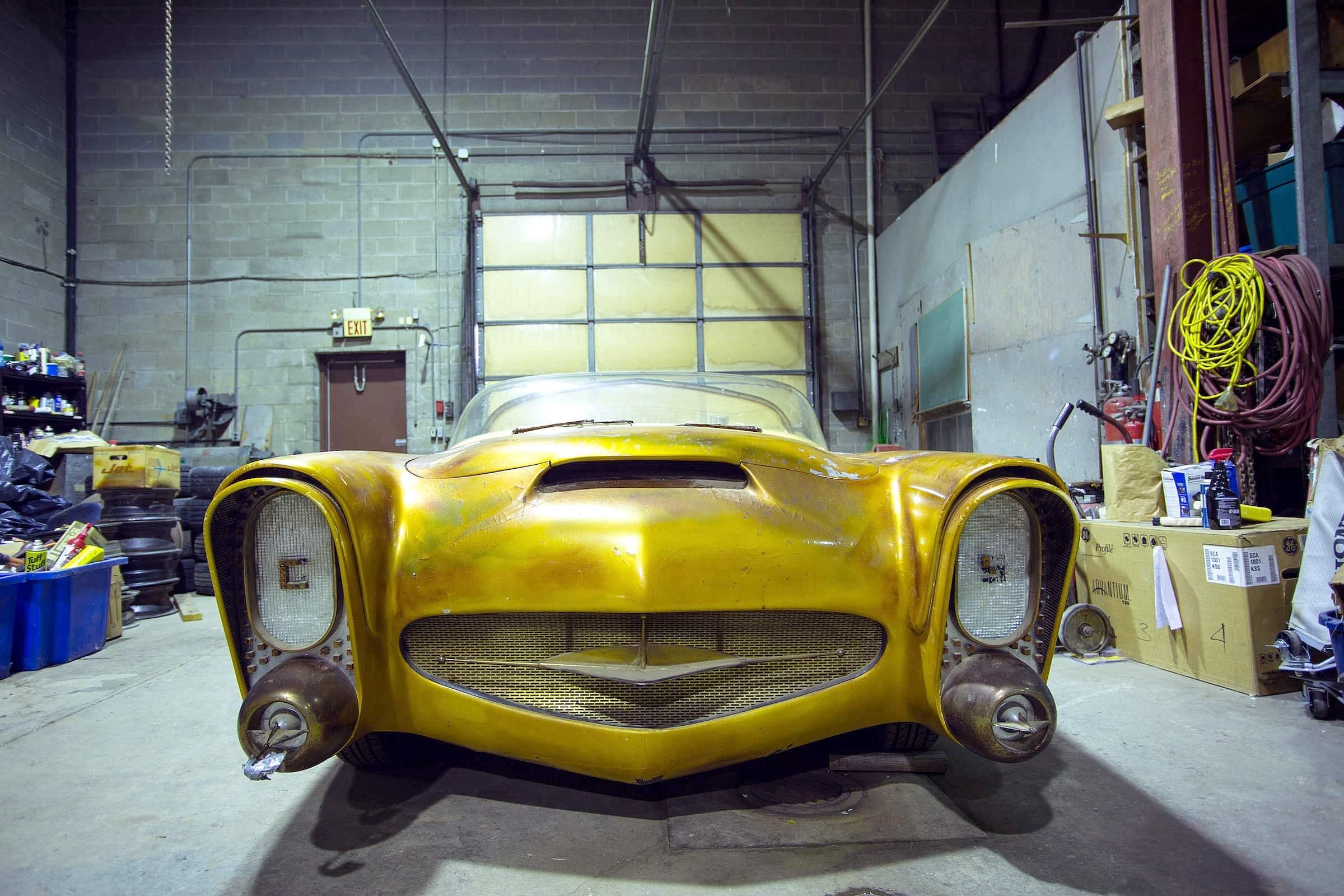 Golden Sahara I & II…première voiture autonome de l'histoire ! (+ vidéos) By gatsbyonline.com George-Barris-Golden-Sahara-06