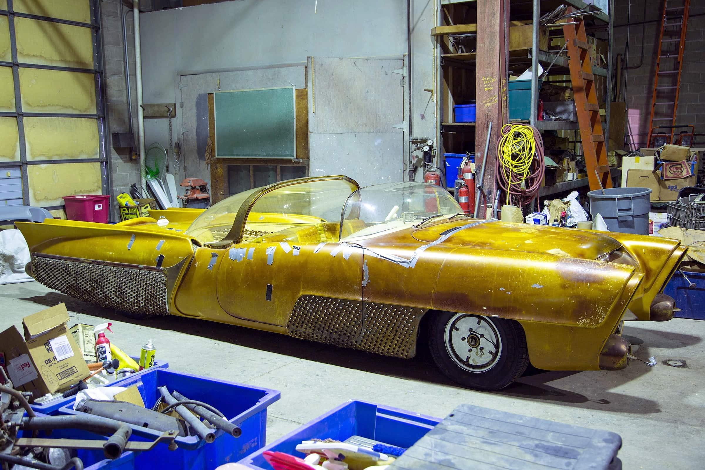 Golden Sahara I & II…première voiture autonome de l'histoire ! (+ vidéos) By gatsbyonline.com George-Barris-Golden-Sahara-07