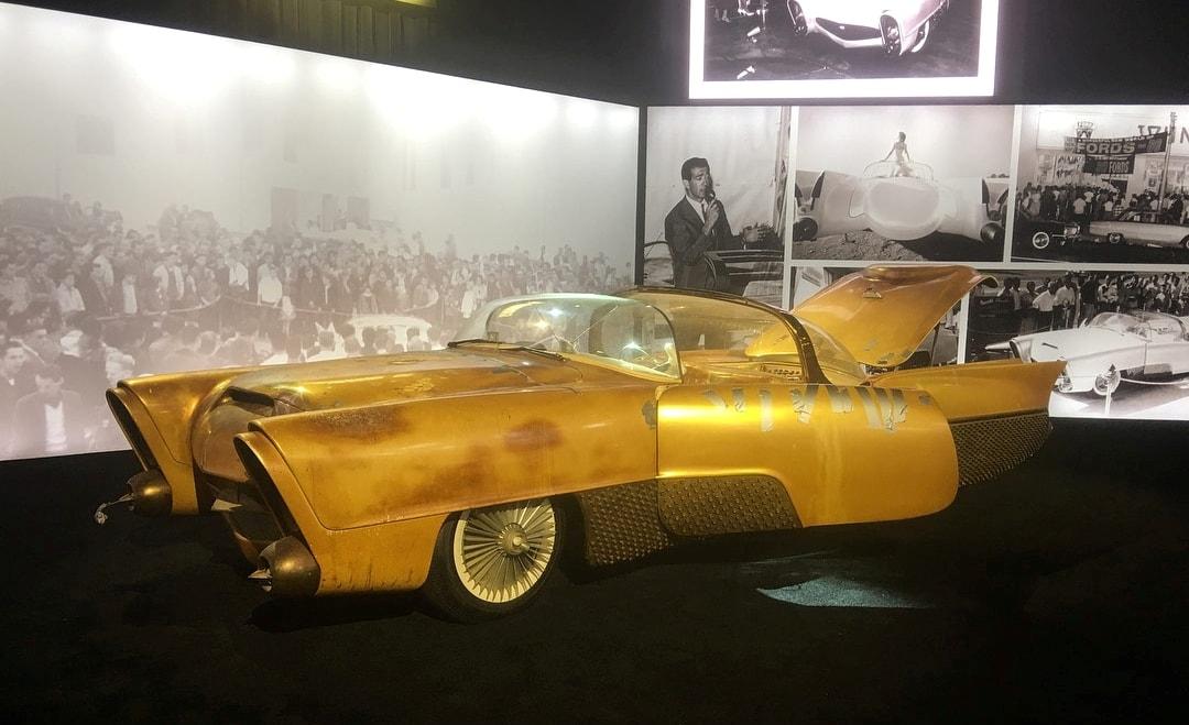 Golden Sahara I & II…première voiture autonome de l'histoire ! (+ vidéos) By gatsbyonline.com George-Barris-Golden-Sahara-17