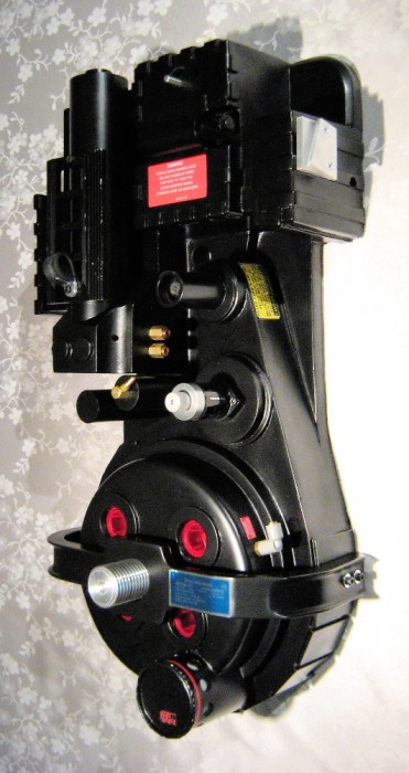 Mon Proton Pack! 24 years in the making. :) 3787_2029582655