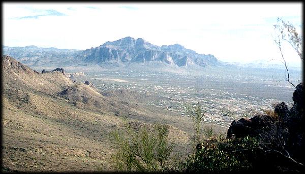 La Mina de Oro del Lost Dutchman en Arizona Superstitionmtn