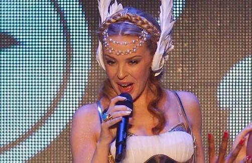"""Kylie Minogue >> álbum  """"Aphrodite"""" - Página 15 30_08_2011_09_48_43_1360993656"""