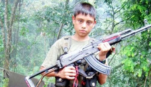 Colombia - Conflicto Interno Colombiano - Página 9 FARC-ni%C3%B1o-2