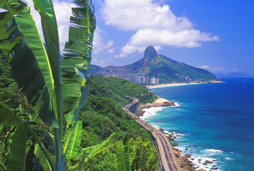 لبرازيل شلالات و مناضر طبيعيه Brazil%20-Rio%20de%20Janeiro%20Coast%205%20Hz