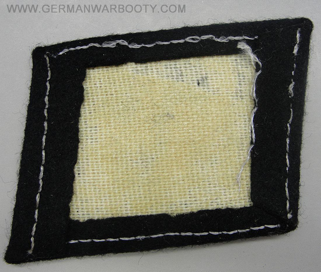 coin de col ss / divers insignes allemand a identifier merci  Y-4940%20(36)