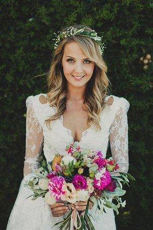 I fan si aspettano che Jayne porti la moda www.gillne.it 9ce2-45gbw-abito-da-sposa-con-piega-moderno-romantico-in-pizzo-in-tulle