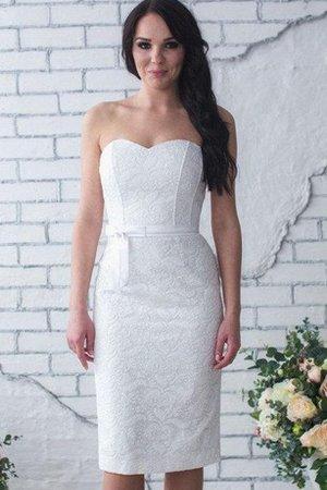 Non solo sveniamo in bei vestiti 9ce2-6bbsw-abito-da-sposa-con-ricamo-naturale-romantico-semplice-sexy