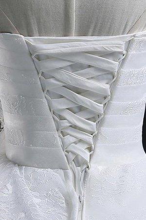 perfettamente abbinato a sottili accessori bianchi  9ce2-abj6v-abito-da-sposa-con-piega-in-organza-semplice-in-pizzo-ball-gown